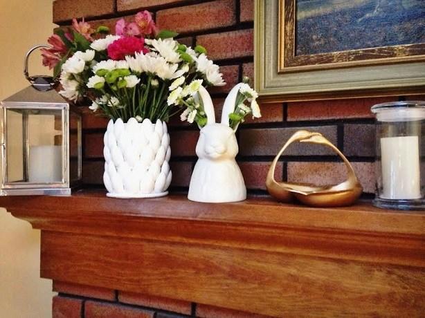 DIY Petal Vase From Plastic Spoons
