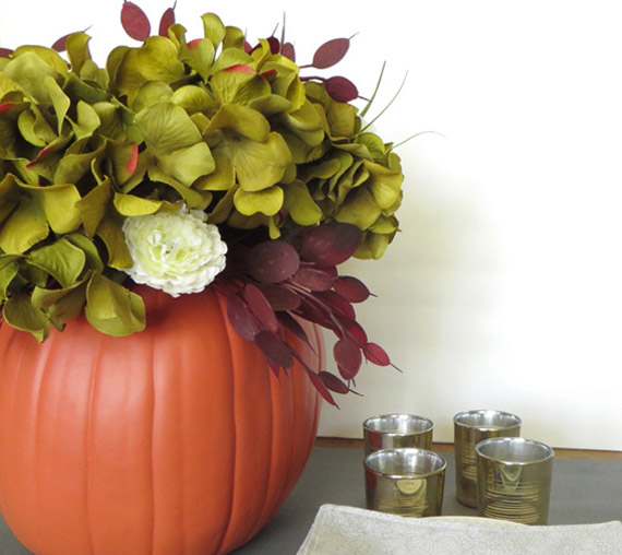 DIY Pumpkin Vase Centerpiece