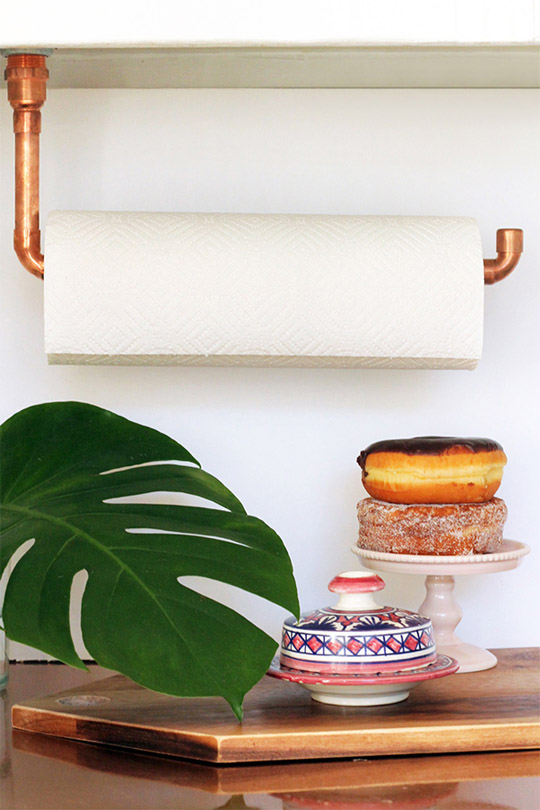 DIY Supsended Copper Pipe Paper Towel Holder