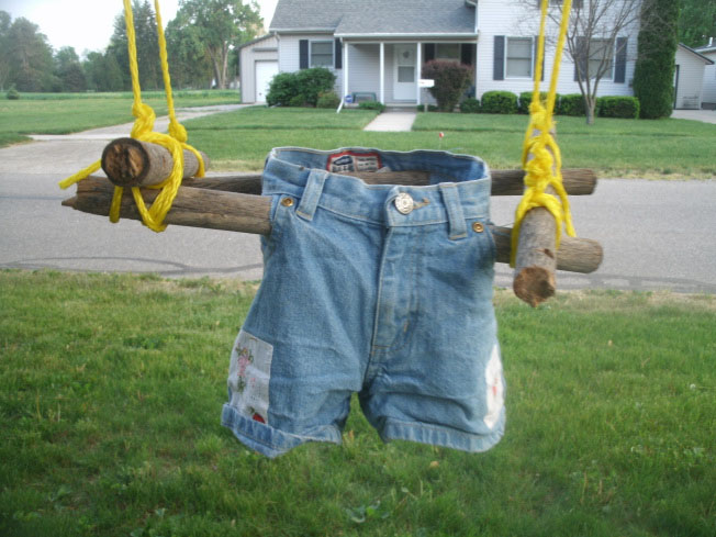 DIY Toddler Swing From Recycled Materials