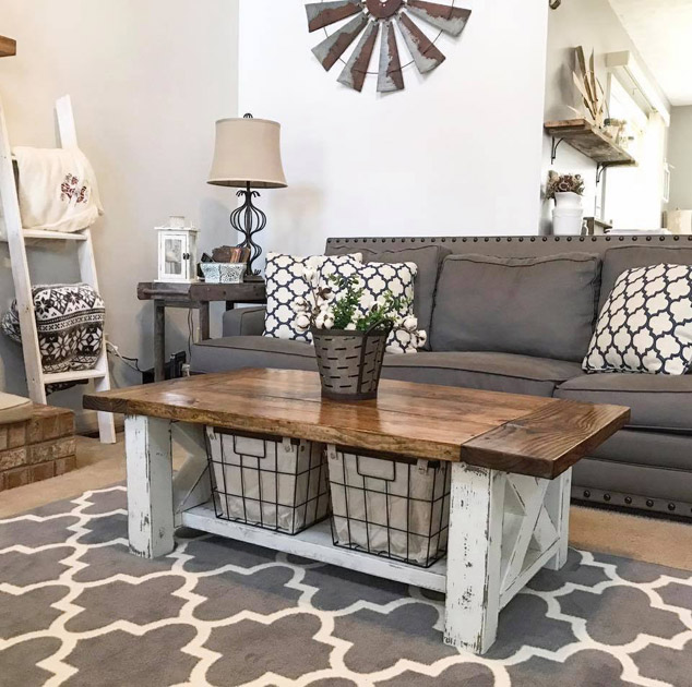 DIY Chunky Farmhouse Coffee Table