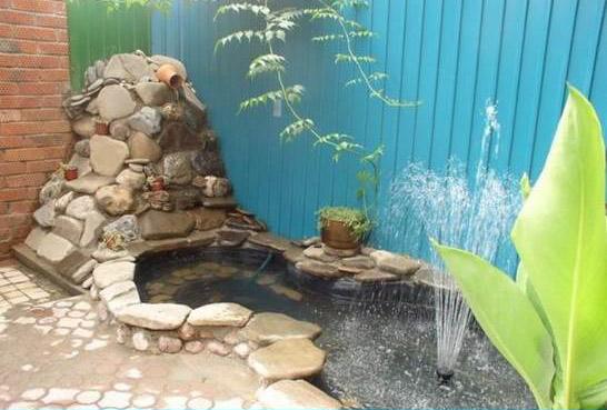 DIY Easy Pond In Backyard by iCreativeIdeas