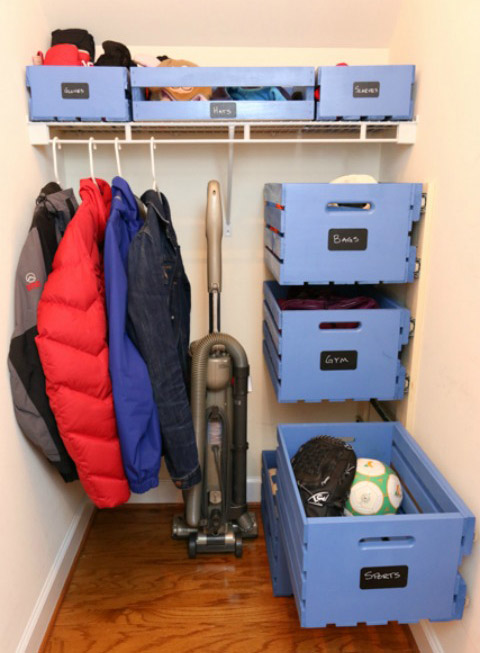 DIY Floating Pull-Out Crate Storage