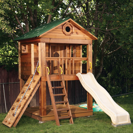 DIY Playhouse by CanadianHomeWorkshop