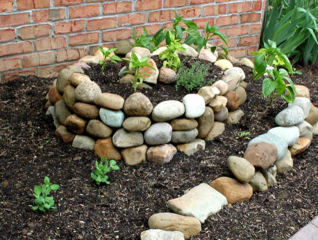 DIY Spiral Garden