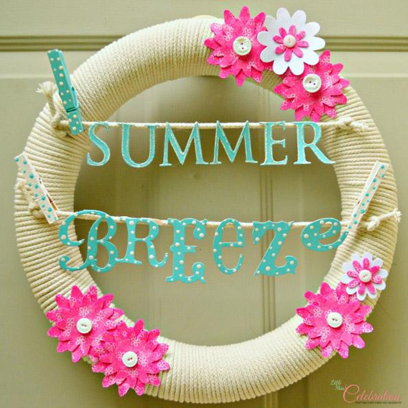 DIY Summer Breeze Clothesline Wreath
