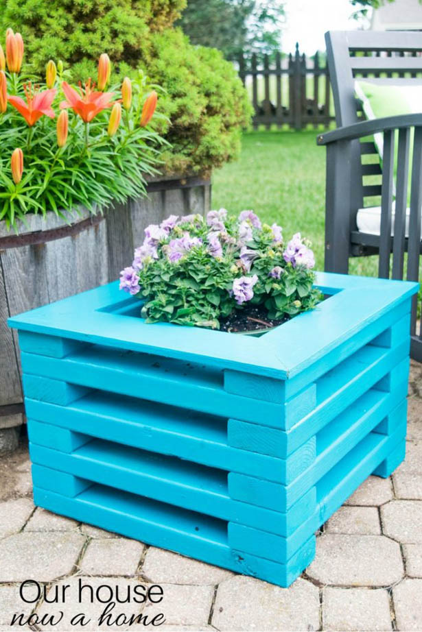 DIY 2x4 Wood Flower Planter