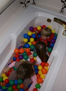 DIY Bath Tub Ball Pit