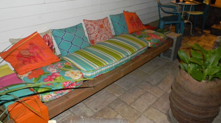 DIY Cinder Block Bench by Hometalk