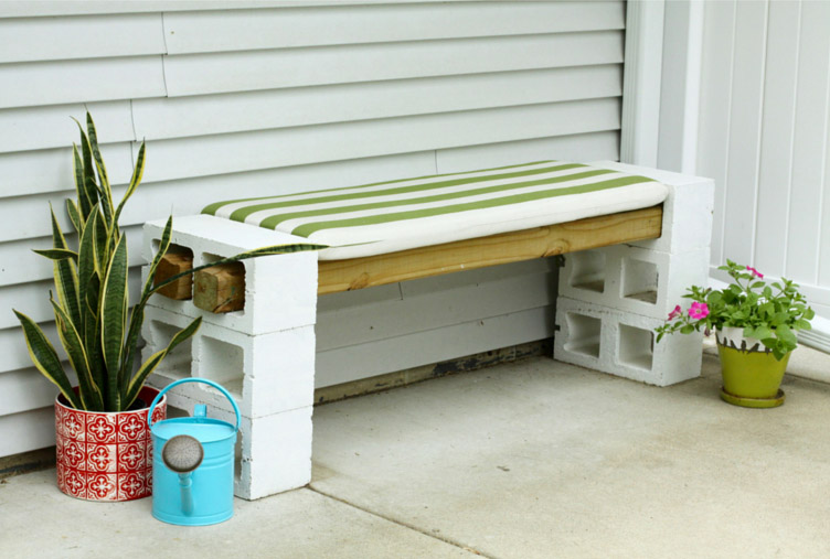 DIY Cinder Block Outdoor Bench by ModernChemistryAtHome