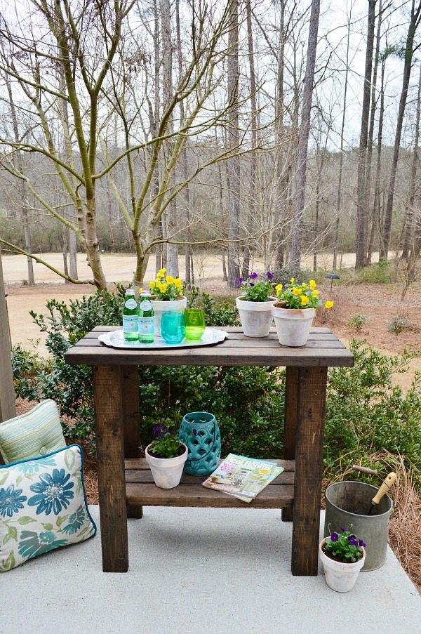 DIY Easy 2x4 Potting Bench