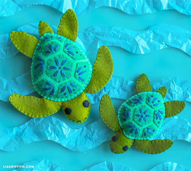DIY Felt Turtle Stuffie