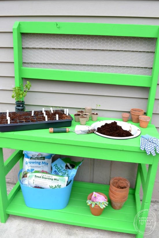 DIY Potting Bench with 2x4s