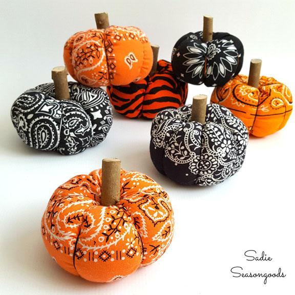 DIY Halloween Bandana Pumpkins
