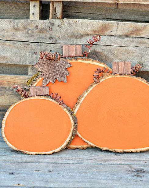 DIY Painted Wood Slice Pumpkins