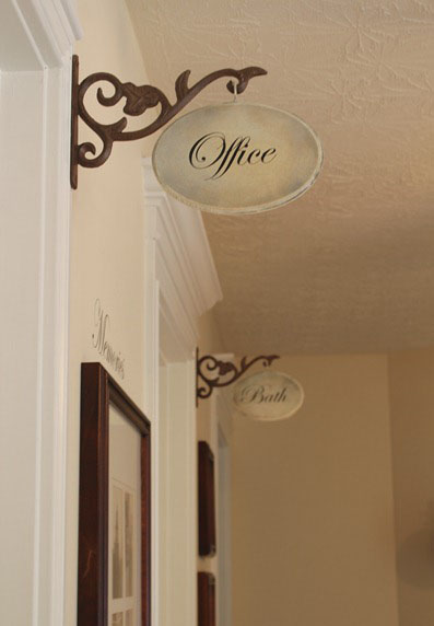 DIY Hallway Sign